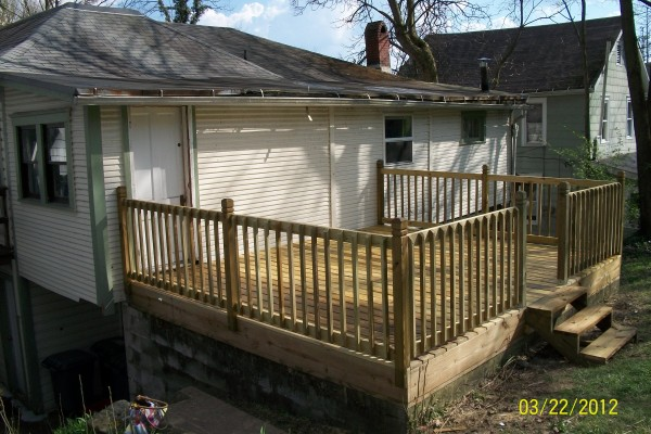 apartment for rent in 121 east state athens oh